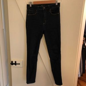 ABERCROMBIE & FITCH High Rise Stretch Blue Jeans